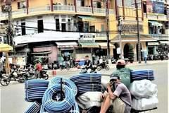 Sài Gòn của tôi, cả thành phố đang gồng gánh vượt qua cơn 'đại phẫu'