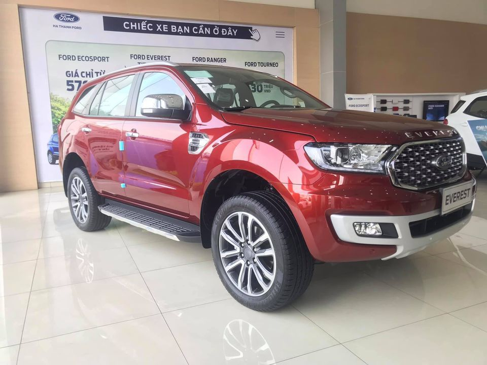 doanh-so-xe-Ford-Everest-thang-6-giam-30,7%