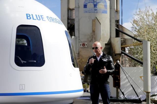 Người trẻ tuổi nhất du lịch vũ trụ cùng tỷ phú Jeff Bezos là ai?
