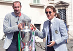 Nhà vô địch Euro 2020 lâm cảnh 'dở khóc, dở cười'