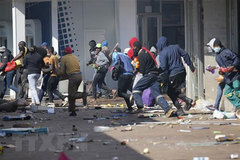 Embassy calls on Vietnamese citizens in S.Africa to beef up security