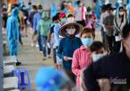 Hàng trăm bác sĩ nhận tư vấn sức khỏe miễn phí qua điện thoại cho người dân TP.HCM