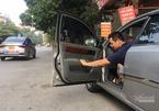 Mở cửa ô tô không đảm bảo an toàn bị xử phạt như thế nào?