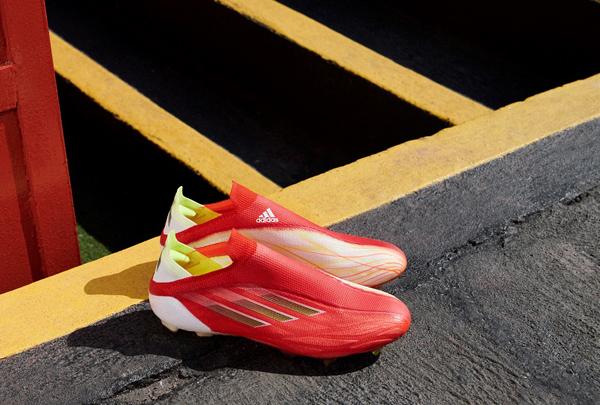 adidas ra mắt 'vua tốc độ sân cỏ' X SpeedFlow