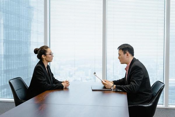 Dùng hệ thống đánh giá hiệu suất công việc sao cho hiệu quả?