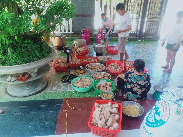 Gia đình ở Quảng Ngãi bỏ ra hơn 350 triệu mua hàng chi viện TP.HCM