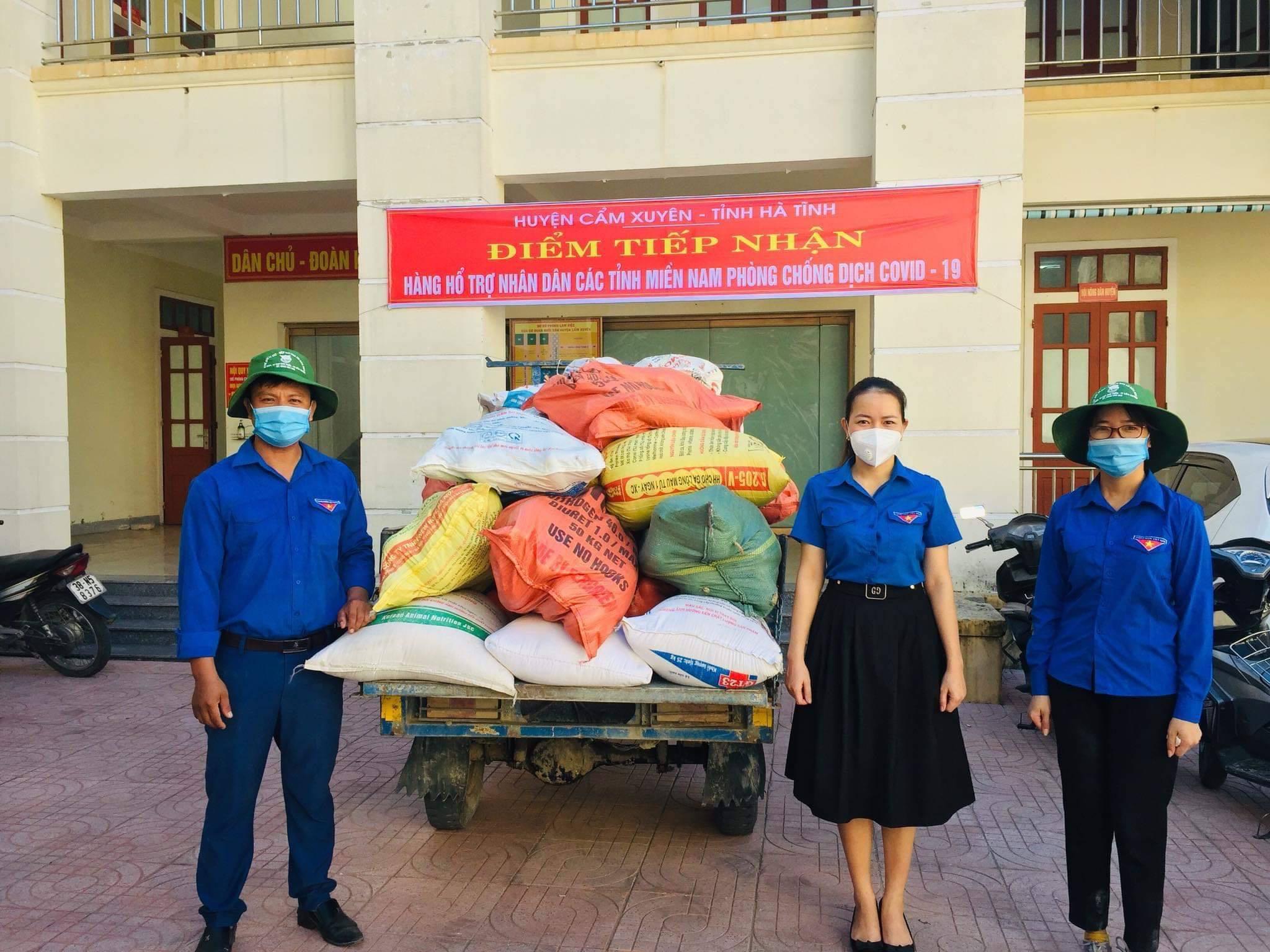 Miền Trung đáp lại ân tình, quyên góp hàng hoá gửi TP.HCM chống dịch