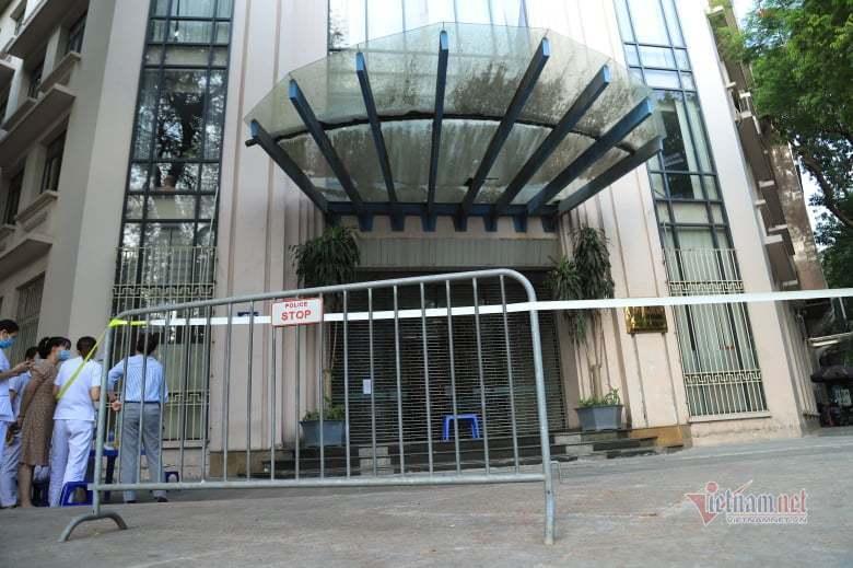 Tạm phong tỏa trụ sở Bộ Công Thương do có cán bộ liên quan ca mắc Covid-19