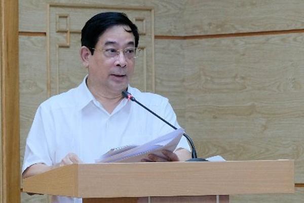 Việt Nam chuẩn bị kịch bản ca mắc Covid-19 cao hơn, bổ sung uống thuốc nam