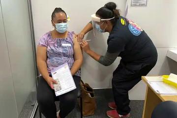 APEC hứa tăng chia sẻ vắc xin, Trung Quốc phản bác WHO về điều tra Covid-19