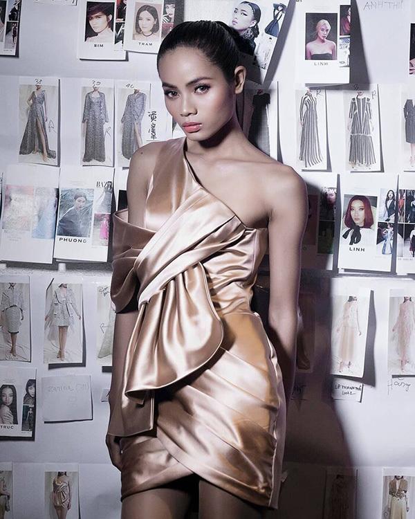 Ung thư xương, người mẫu Châu Kim Sang hôn mê sau khi nhập viện