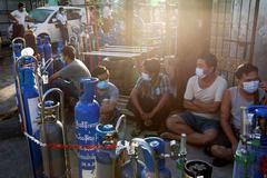Myanmar nhập 3.000 tấn oxy lỏng từ Trung Quốc để đối phó Covid-19