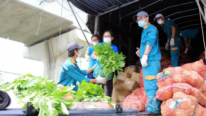Đề nghị dán nhãn 'Hàng mau hỏng' với xe chở nông sản, thực phẩm tươi sống