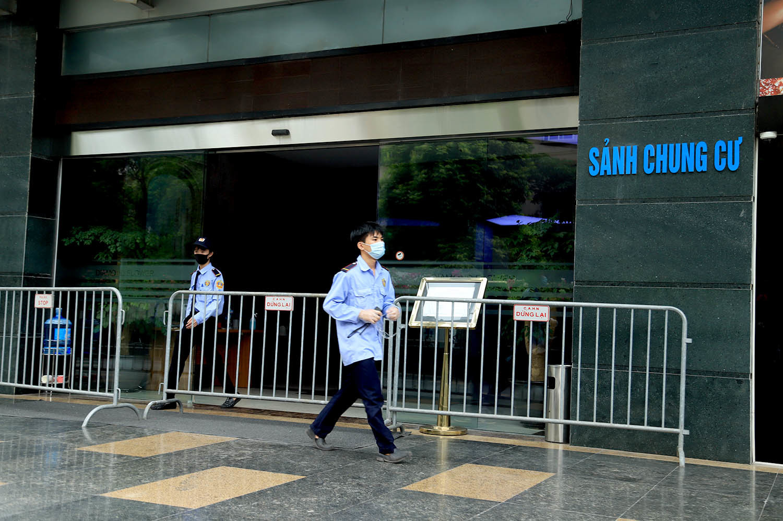 Hà Nội cách ly y tế tạm thời 21 tầng tòa nhà Diamond Flower