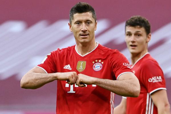 Vỡ kèo Haaland, Chelsea vác tiền chiêu mộ Lewandowski