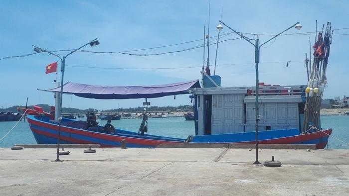 12 ngư dân trên tàu cá ở Quảng Ngãi dương tính SARS-CoV-2