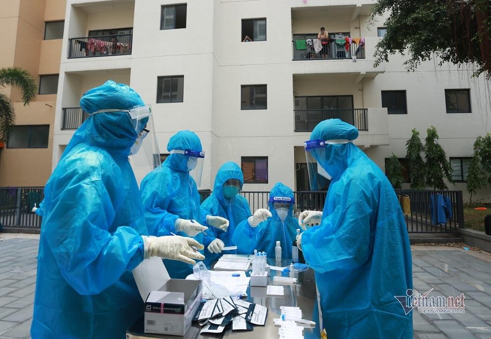 TP.HCM hỗ trợ khẩn tuyến đầu chống dịch, cao nhất mỗi người 10 triệu đồng