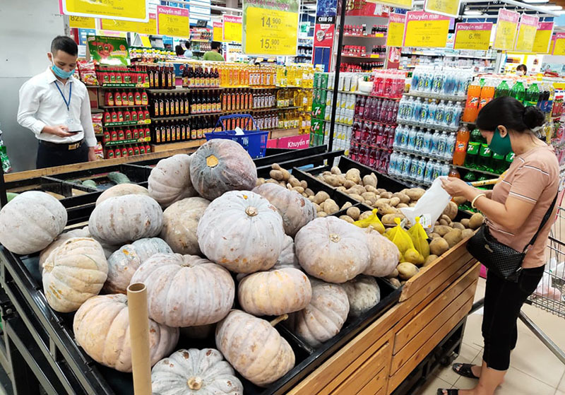 Sẵn kho triệu tấn gạo thịt, triệu quả trứng, dân Hà Nội không tranh mua tích trữ