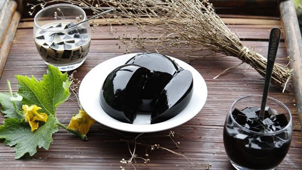 Cao Bang grass jelly: A summertime treat