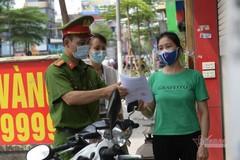 Người dân và chính quyền Hà Nội đồng lòng đẩy lùi Covid-19