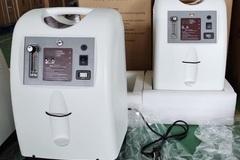 Dân săn lùng máy tạo oxy đề phòng dịch, giá tăng vọt gấp 4 vẫn 'cháy hàng'