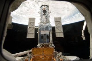 NASA sửa xong kính viễn vọng không gian mạnh nhất thế giới