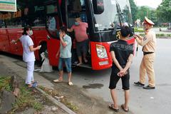 2 lái xe đường dài đi qua Nghệ An dương tính với nCoV