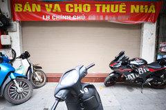 Hàng loạt nhà phố cổ Hà Nội treo biển cho thuê, bán nhà