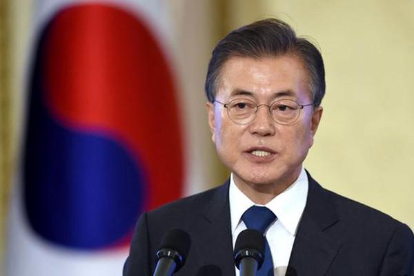 Nhà ngoại giao Nhật bình luận khiếm nhã, Tổng thống Hàn hủy thăm Tokyo