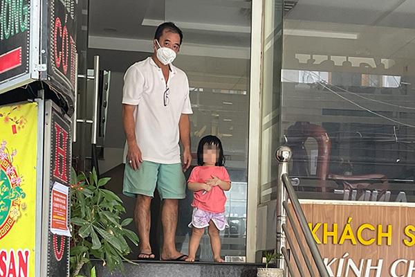 Bé gái xin bác sĩ 'cho mẹ thở oxy' và những câu chuyện chỉ mong phép màu