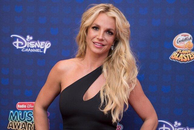 Luật sư mới hành động để cứu Britney Spears khỏi cha ruột