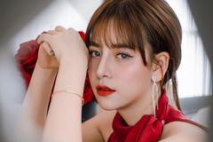 Hotgirl 6 vạn follow mở công ty mỹ phẩm Hàn Quốc mang tên mình