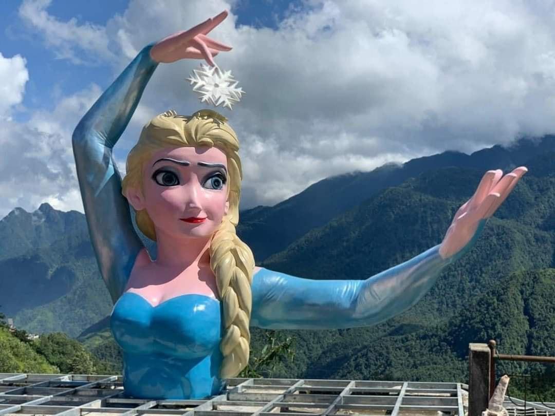 Tranh cãi tượng Elsa ở Sa Pa: Yêu cầu tháo dỡ