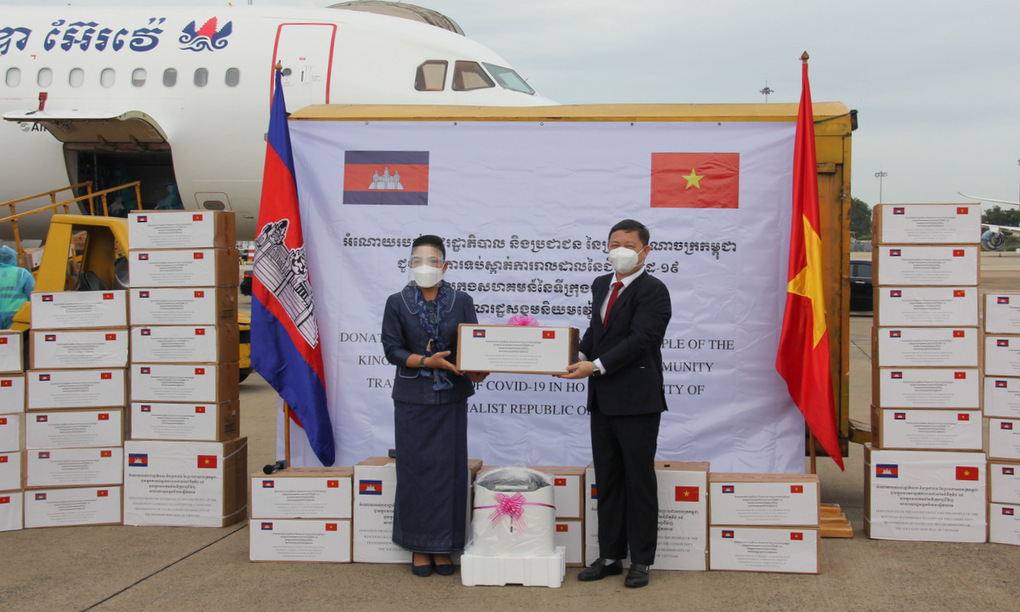 Thủ tướng gửi thư cảm ơn Campuchia giúp TP.HCM chống dịch