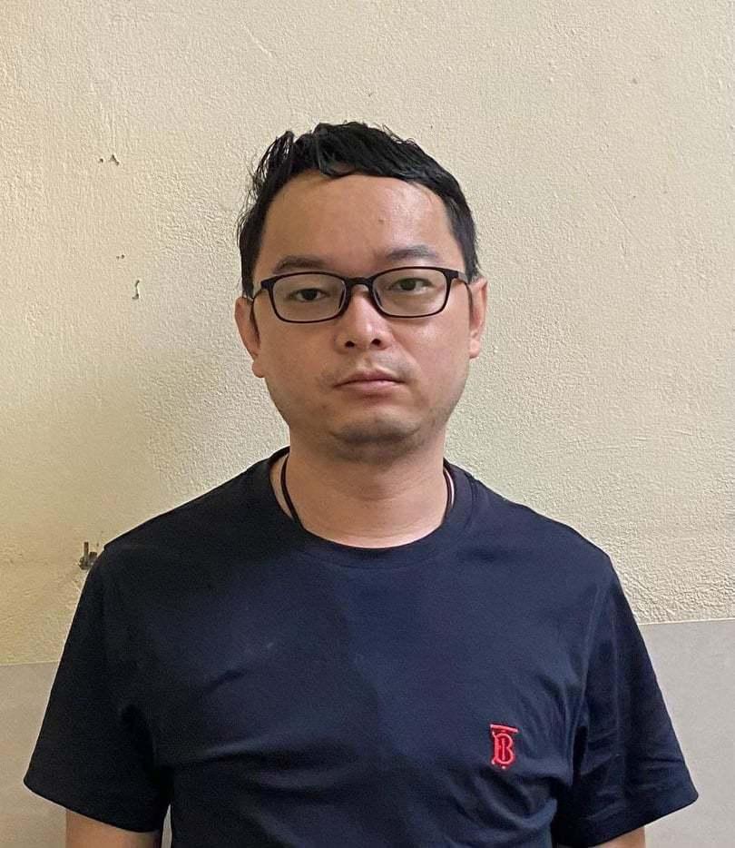 Bắt giữ đối tượng bị Trung Quốc truy nã trốn trong chung cư Hà Nội