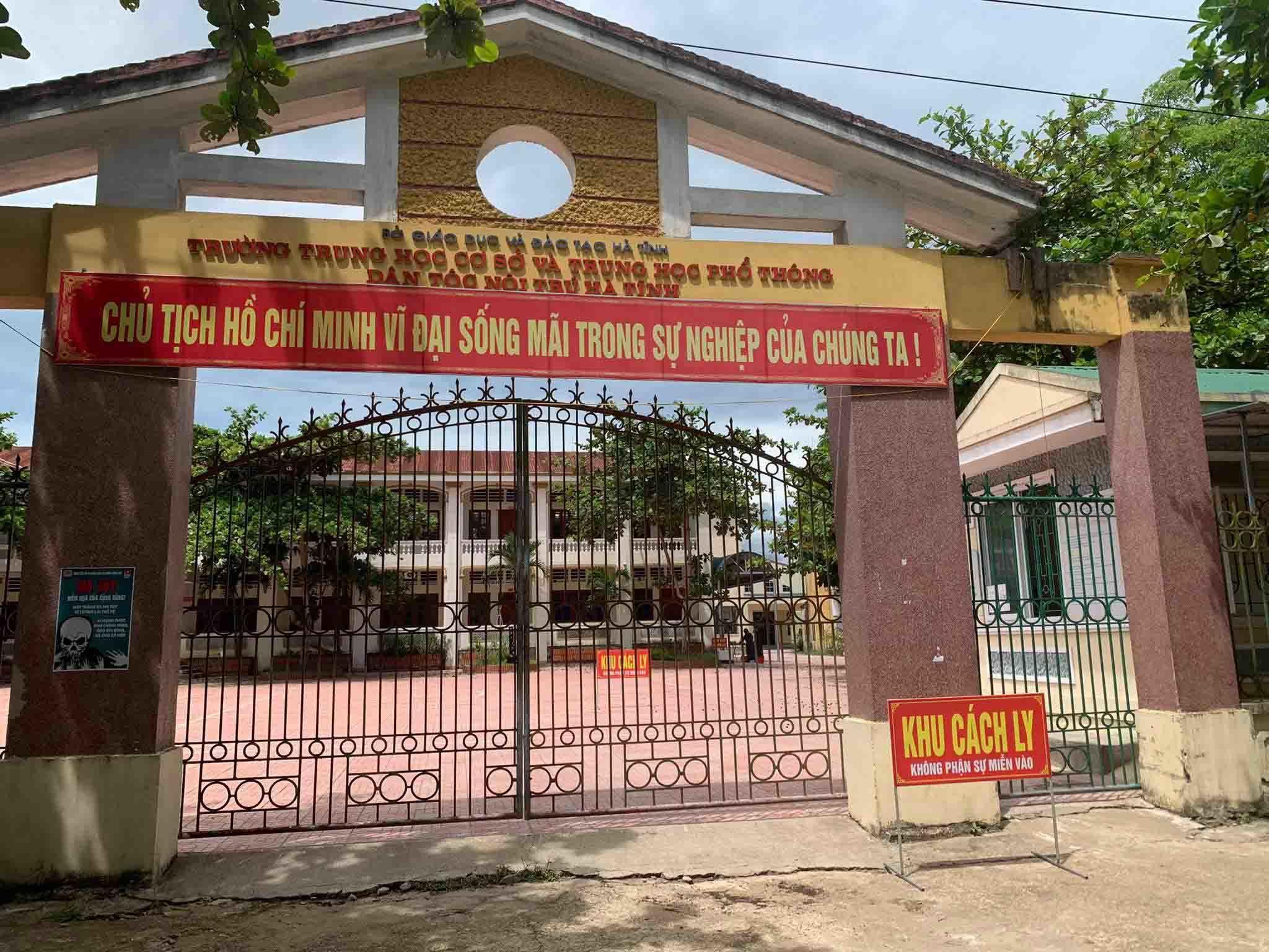 13 huyện, thị ở Hà Tĩnh kích hoạt các khu cách ly sẵn sàng đón công dân về quê