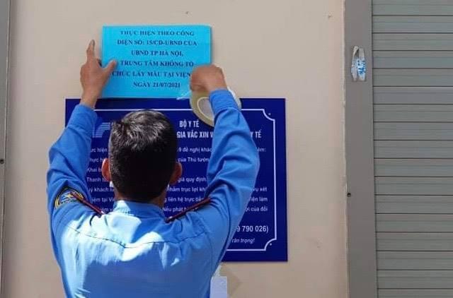 Dừng lấy mẫu xét nghiệm Covid-19 sau vụ 'xếp hàng chật cứng' ở Hà Nội
