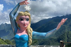Elsa statue in Sa Pa removed after facing criticism