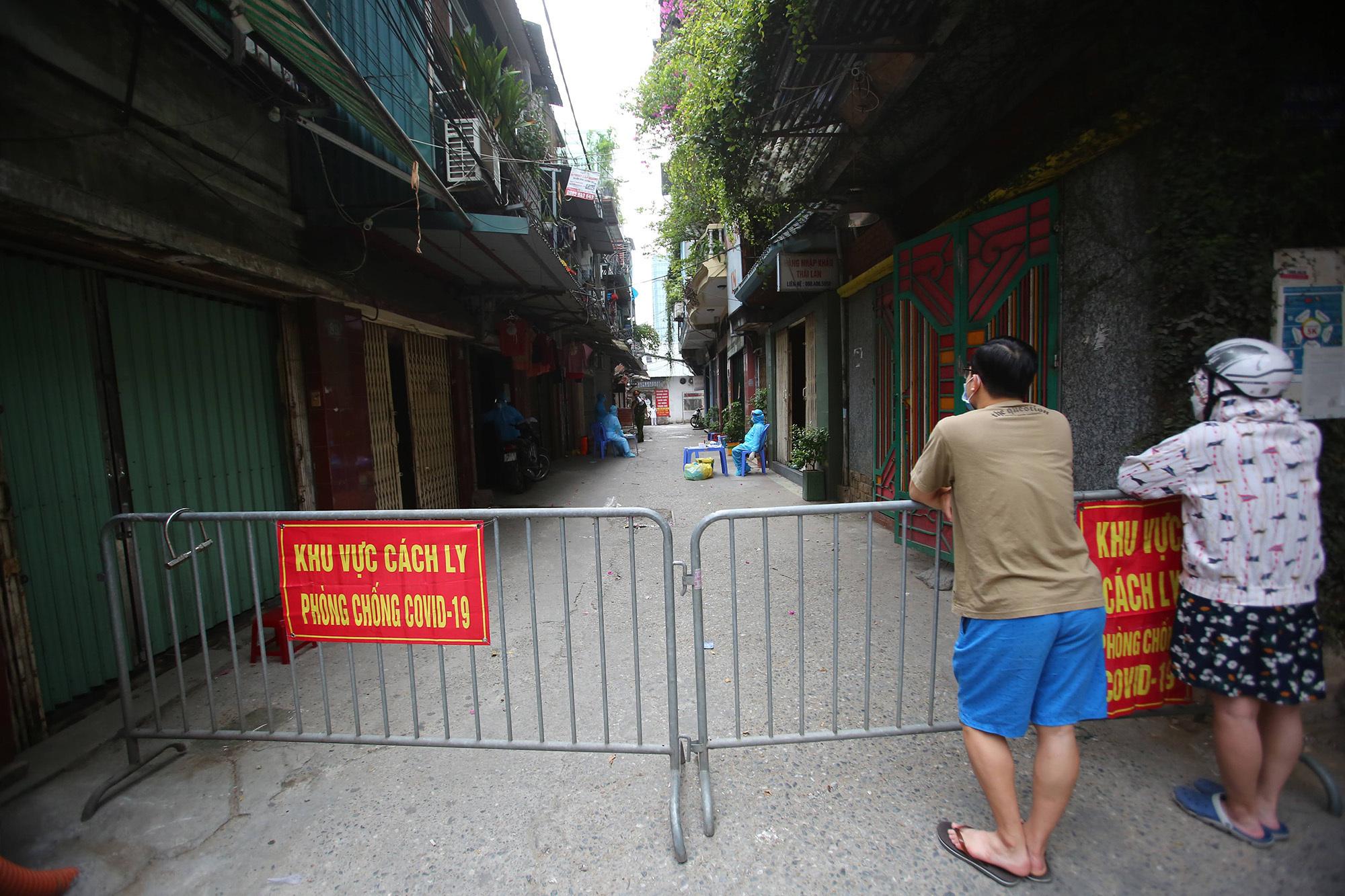 CDC Hà Nội: 'Nhiều người ho, sốt không chủ động khai báo y tế'