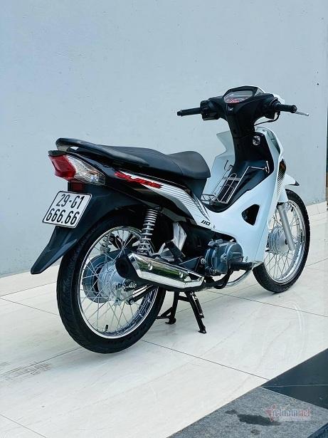 Xe số bình dân Honda Blade cũ được 'hét' giá gần 200 triệu đồng