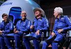 Jeff Bezos có thực sự bay lên rìa vũ trụ?
