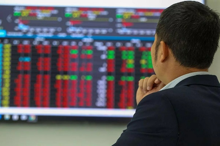 VN stock market in 10 hard days: moment of concern and doubts