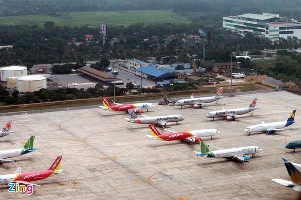 Cổ phiếu công ty vận hành 22 sân bay Việt Nam bị dừng giao dịch