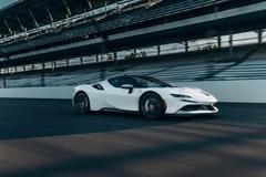 Ferrari SF90 Stradale lập kỷ lục tăng tốc 0-100 km/h trong 2 giây