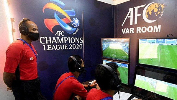 How is VAR technology installed at My Dinh Stadium?