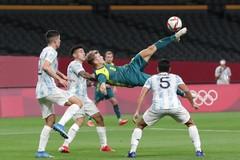 Đàn em Messi thua sốc trước Olympic Australia