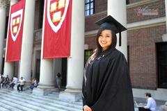 Cô gái Việt từng giành học bổng toàn phần Harvard năm 16 tuổi
