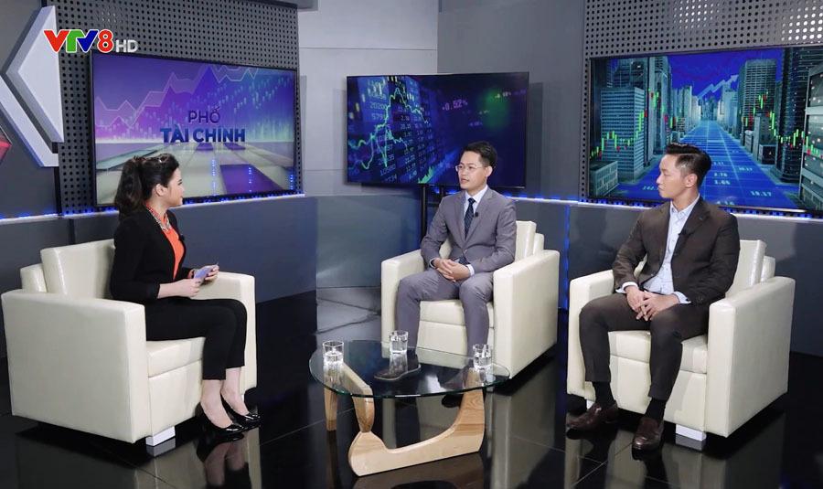 BTV Khánh Ly làm host chương trình 'Phố tài chính' VTV