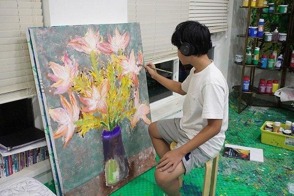 Cậu bé 14 tuổi mở triển lãm tranh, thu gần 3 tỷ đồng ủng hộ chống dịch