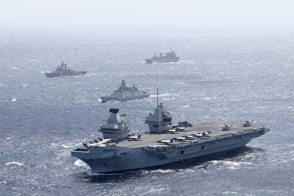 Xem tàu sân bay Anh cùng đồng minh tập trận ngoài khơi Ấn Độ